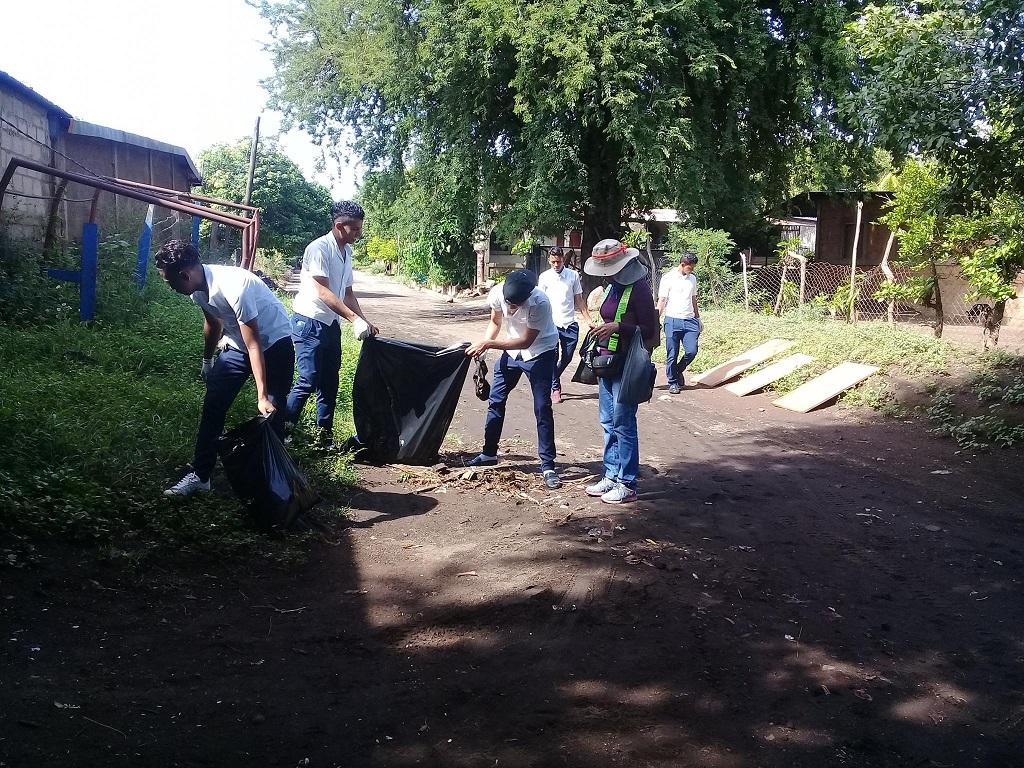 Jornada de Limpieza en Barrios-