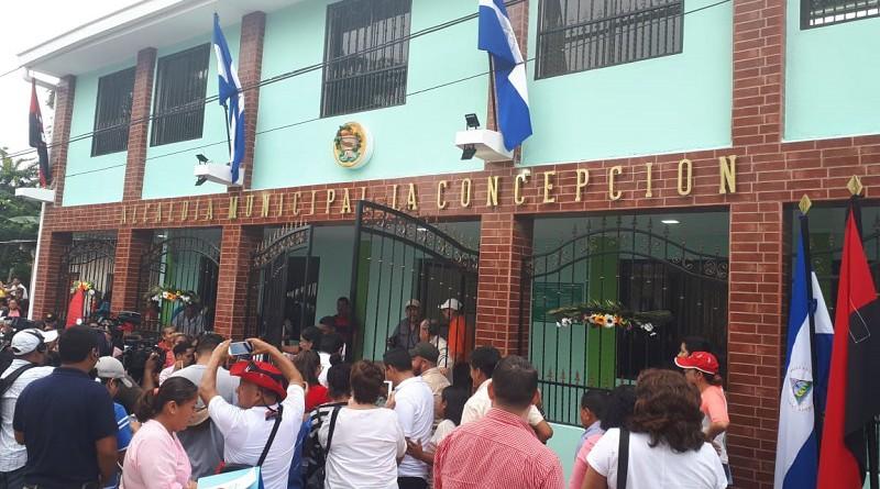 Edificio de la alcaldía de La Concepción reconstruido del daño golpista