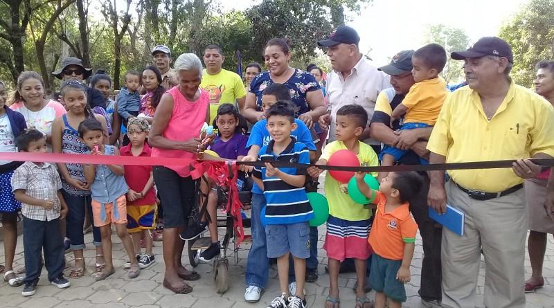 Telica:Inauguración de construcción de calle en San José de Apante