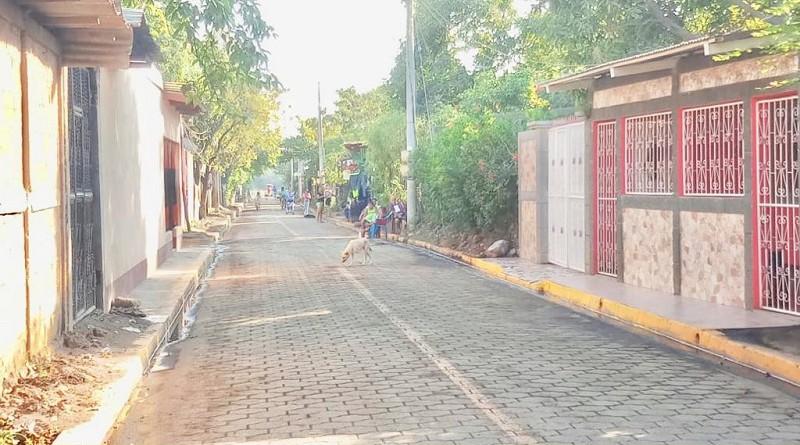 Calle adoquinada en el reparto urbano de Chinandega