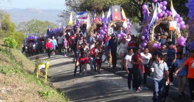 Bandas filarmónicas amenizaron la marcha