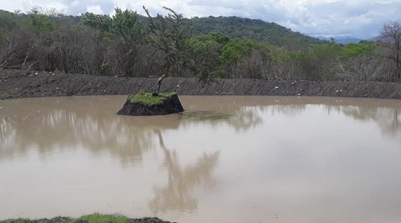En el municipio Larreynaga, las obras llegaron a la comunidad La Calera en la mejora y construcción denueve reservorios para almacenamiento de agua de lluvia y ampliación de tres . a inversión fue de 828 mil córdobas.