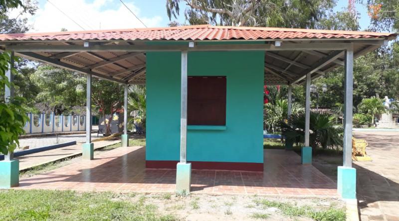 En Tola el gobierno local mejoró tres kioskos en el parque municipal con un desembolso de 452 mil 430 córdobas.