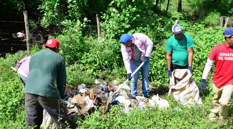Combatiendo basureros ilegales