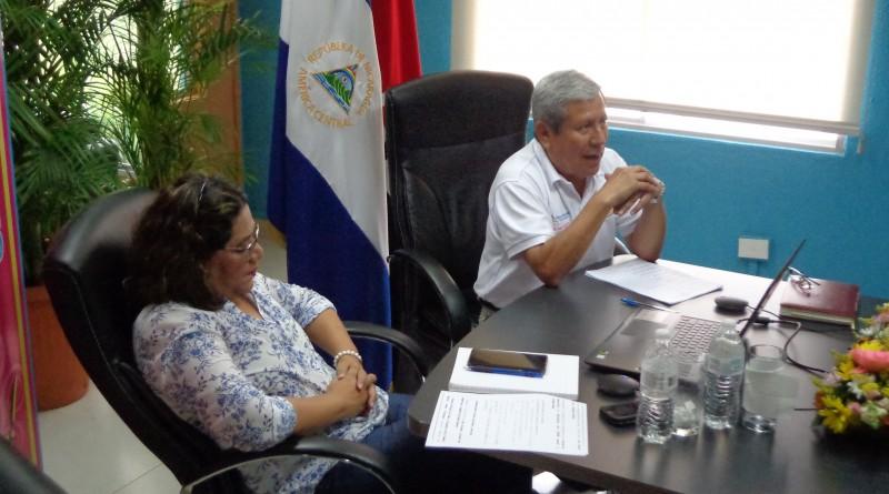 Guiomar Irías y Guillermo González Presidenta Ejecutiva de INIFOM y Ministro de SINAPRED