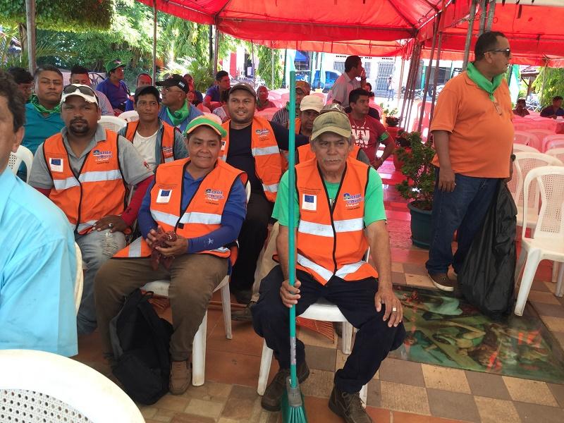 Compañeros de servicios municipales de Nagarote