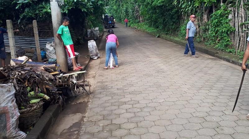 Jornada de limpieza en Nandasmo