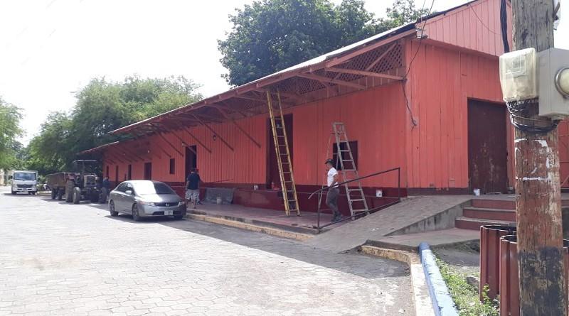 En Malpaisillo – Larreynaga la alcaldía mejoró el auditorio municipal Santiago Paíz ubicado en la antigua estación del ferrocarril.