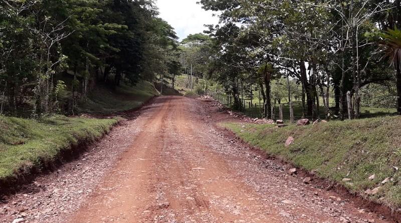 La movilización por las comunidades La Macera, Las Peñitas, La Isla y Wanawás será más fluida por la mejora en 15 kilómetros de caminos productivos que hizo el gobierno local de Río Blanco con dos millones 751 mil 200 córdobas.