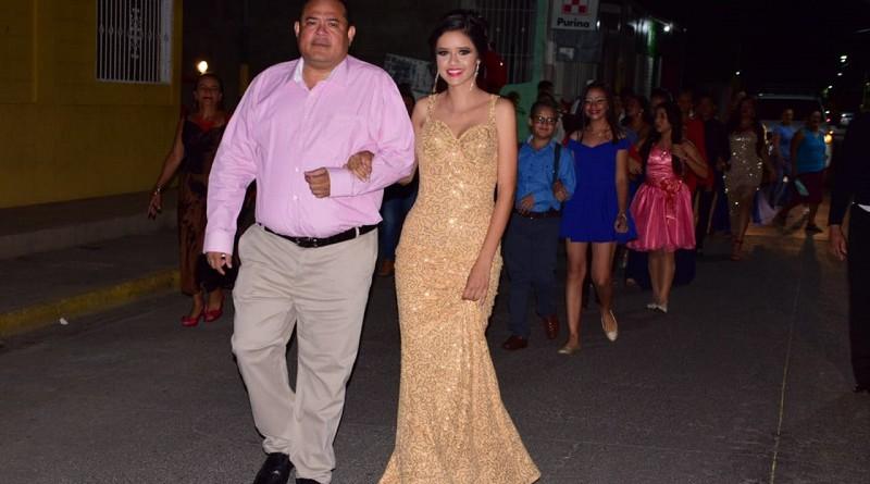 lcalde Juan Gabriel Hernández y Rachel Montoya reina de las fiestas patronales