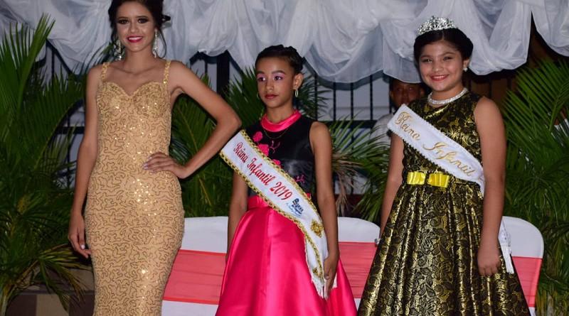 Rachel Montoya y Amy Nahara Méndez reinas juvenil e infantil de las fiestas