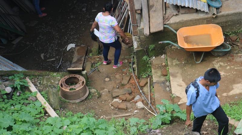 Desterrando los criaderos, medida que evita que el dengue se consolide en hogares y alrededores