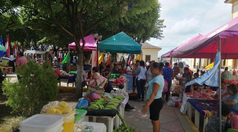 Además de comidas elaboradas otros productos en el festival de Nandaime
