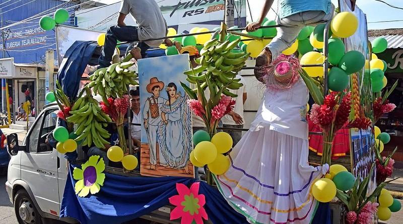Conmemorativo al aniversario de Chinandega se llevó a cabo un carnaval
