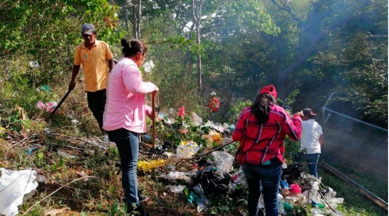 Guerra contra los basureros clandestinos en Mozonte