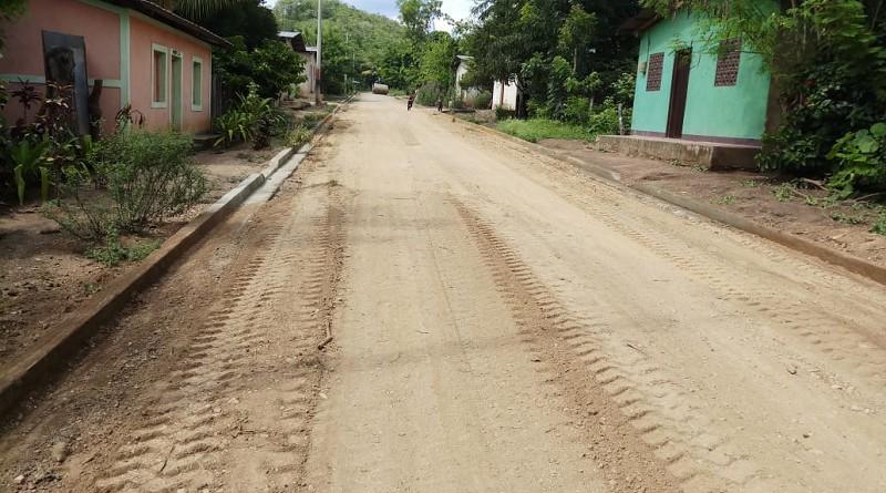 Dos calles comunitarias fueron mejoradas con cunetas en la comunidad Santa Rosa, jurisdicción de San Fernando. La inversión fue de un millón 339 mil 409 córdobas.