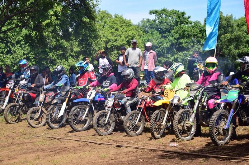 Torneo relámpago de moto y bici cross, espacio recreativo a la juventud  auspiciados por el gobierno local de Nagarote