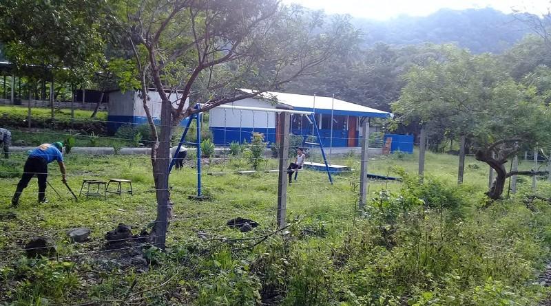 Trescientos treinta mil córdobas ocupó la comuna de Comalapa para mejorar el centro escolar Miguel Larreynaga en la comunidad San Lorenzo.