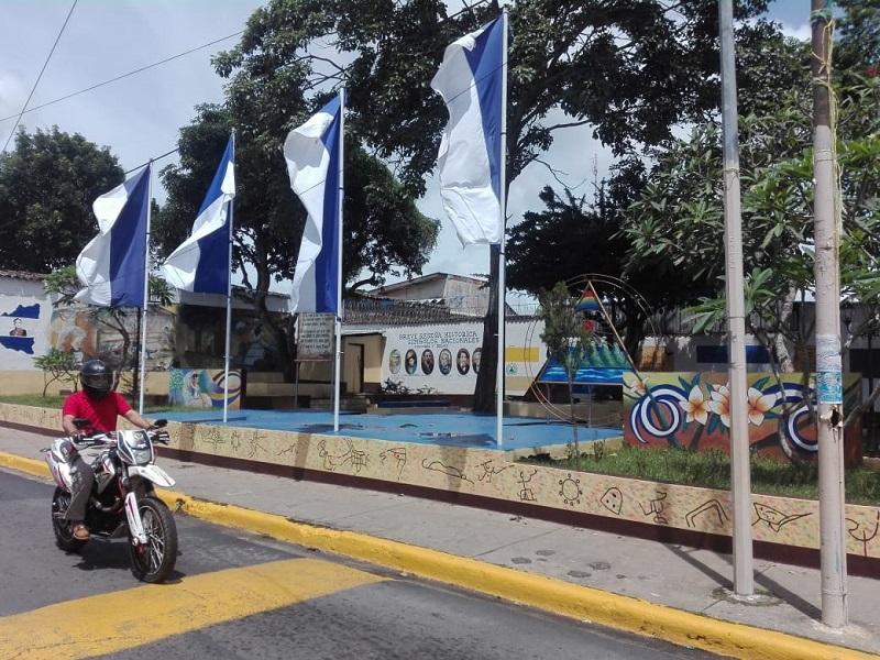 En los parques Las Banderas de Jinotepe se operaron mejoras