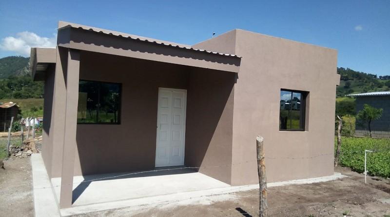 En San Fernando el gobierno local construyó doce viviendas en la comunidad Las Puertas