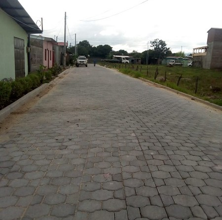 Estelí : Adoquinado de  3 calles en el barrio Dios Proveerá.