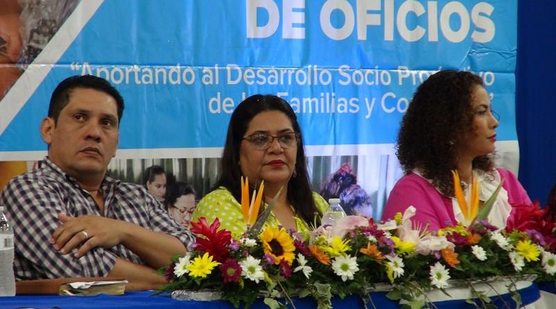 Walter Sáenz sub-director ejecutivo de Inatec, Guiomar Irías, Presidenta Ejecutiva de Inifom y Reina Rueda, alcaldesa de Managua