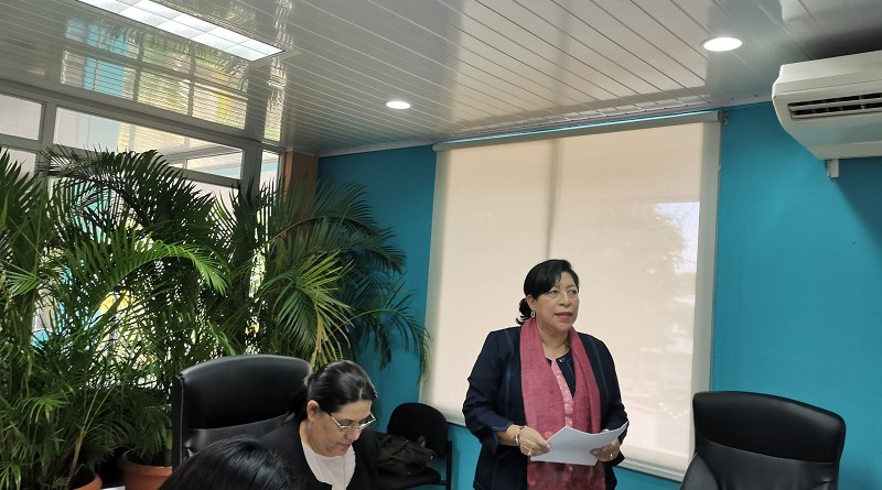 Durante la sesión la directora de Planificación y gerente del FOMUDEL II, Maritza Ruíz mostró el marco del proyecto que inició en enero de 2018 y concluirá en el 2023