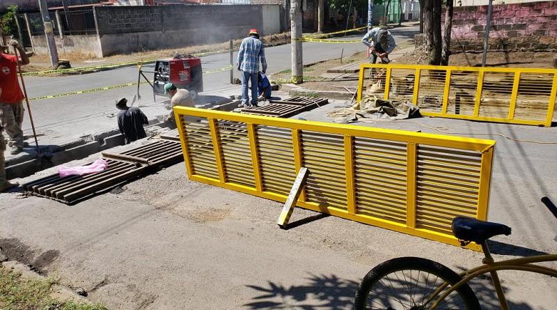 En Chichigalpa se ejecutaron obras de drenaje mediante limpieza de causes y parrillas en el anexo Marvin Salazar III