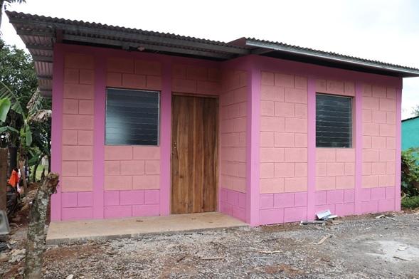 Dos viviendas solidarias en el barrio Linda Vista de Nueva Guinea