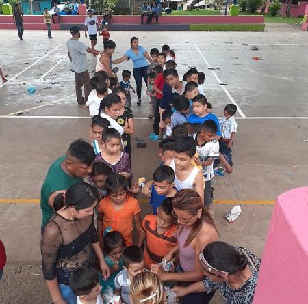 Con Niños en La Gateada