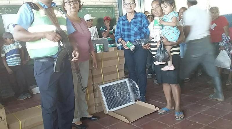Telpaneca: Entrega de 103  paneles solares en la comunidad Cerro Grande de San Francisco