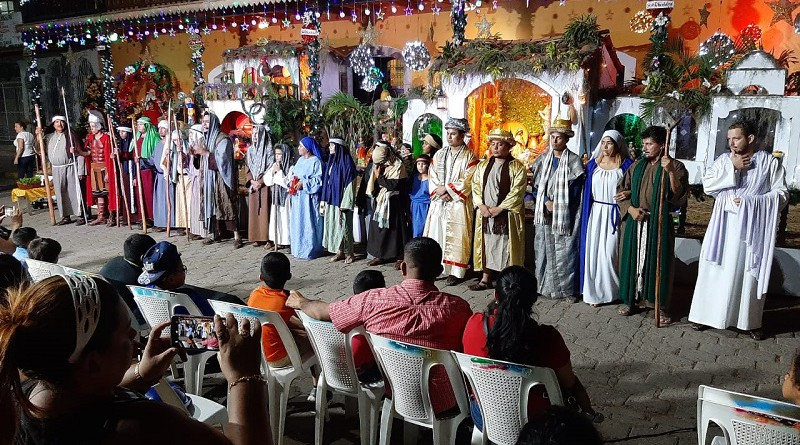 Pastorela de Juigalpa lista para su actuación junto con la Judea de Tipitapa