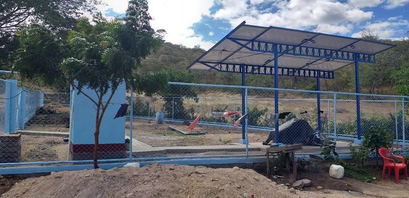 Pila de abastecimiento de agua potable en el barrio Julio Velázquez de Somoto