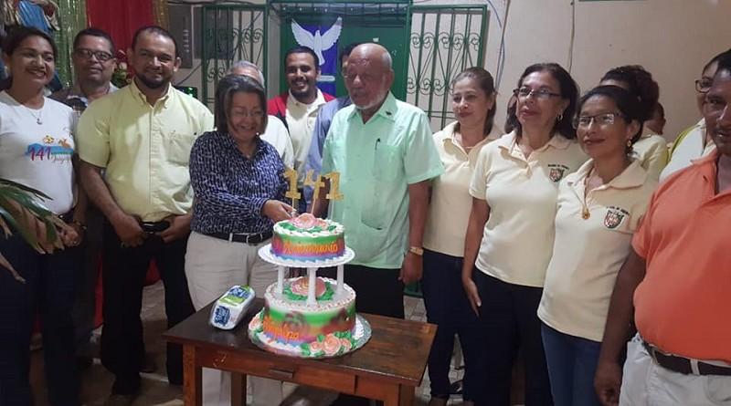 También departieron el pastel de los 141 años y cantaron Las Mañanitas a Juigalpa.