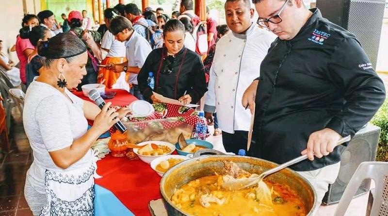 Festivales gastronómicos  contribuyen a conservar la identidad nacional y a dinamizar la economía local.Foto archivo