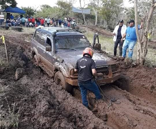 Todo un éxito resultó la exhibición de vehículos modificados todo terreno 4x4, en la pista Amerrisque, en el 141 Aniversario de Juigalpa, cuyo evento fue promovido por Toros Club 4x4 Chontales y la alcaldía de Juigalpa.
