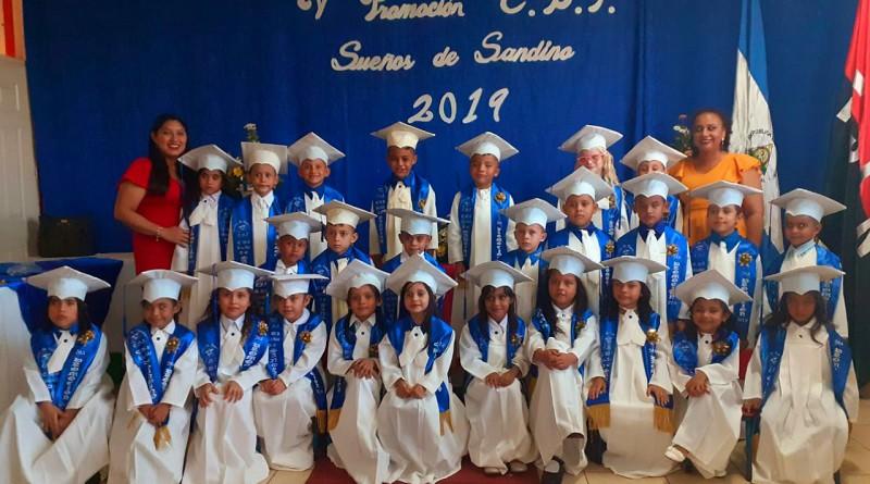 Primera promoción de educación inicial en el CDI Sueños de Sandino en León