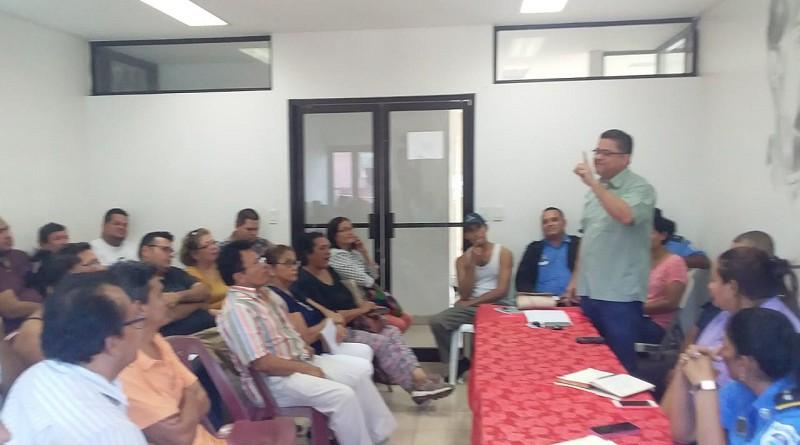 El alcalde de San Carlos preside reunión con representantes del sector turístico en esa localidad