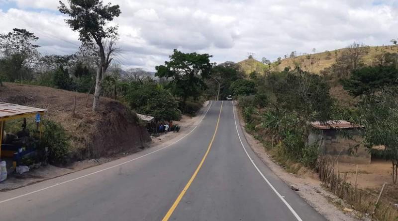 Carretera que une a Pantasma con Wiwilí , obra trascendental que facilita  el desarrollo económico, la producción, acceso a los mercados, reduce costos del transporte, ahorra mantenimiento de vehículos, gasto de llantas y reparación de vehículos y tiempo para los usuarios.