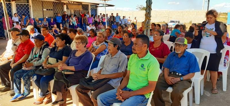 Familias de la comunidad La Chona en San Marcos