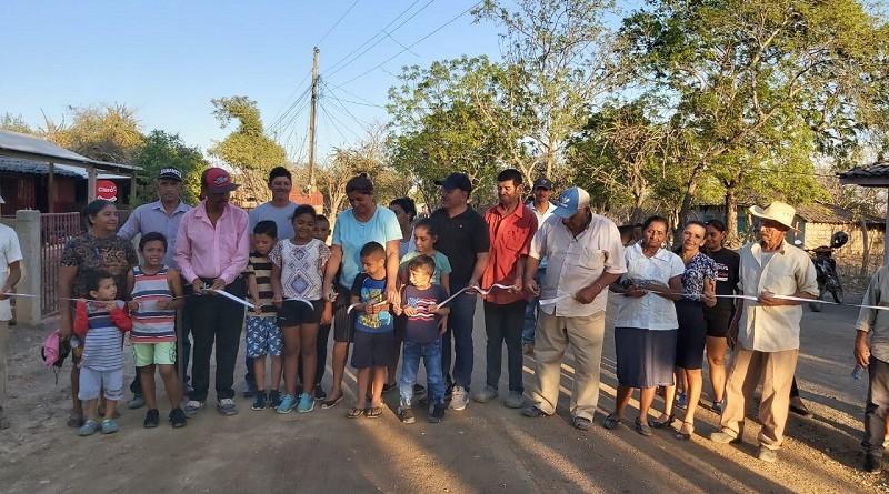 Las familias inauguran camino restaurado en el sector de Las Sabanetas en Larreynaga