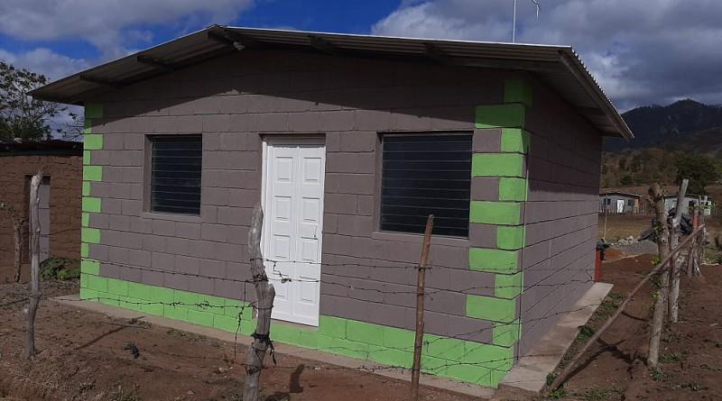 Una de las diez casas del proyecto nacional Bismarck Martínez construídas en  la comunidad Santa Clara, jurisdicción de San Fernando