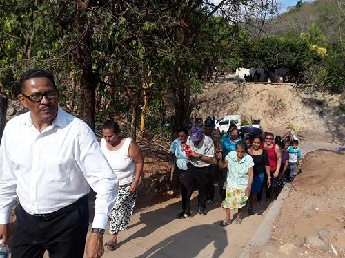 San Pedro del Norte: Construcción de andenes peatonales en la comunidad El Polvón