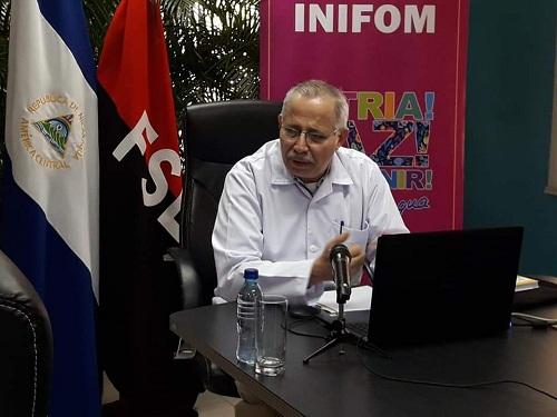 Doctor Carlos Sáenz, secretario general del Minsa