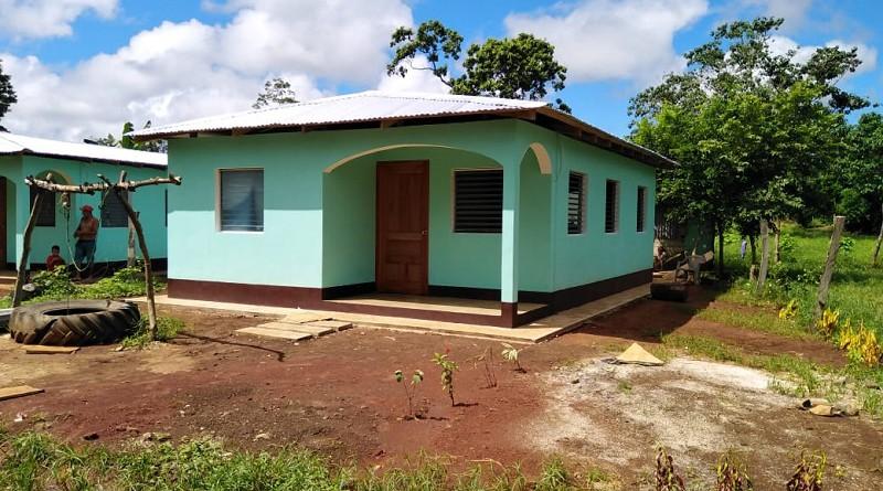 Restitución de derechos con más casas de interés social