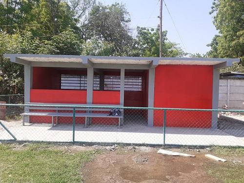 En San Francisco Libre , nuevo  dogaut  construido en el estadio municipal en el barrio Puerto Viejo