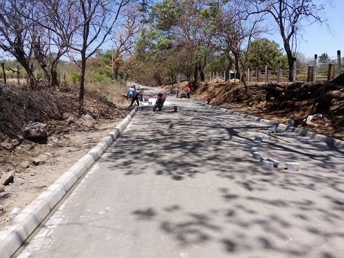 En Villa El Carmen, calle en la comunidad Nandayosiad