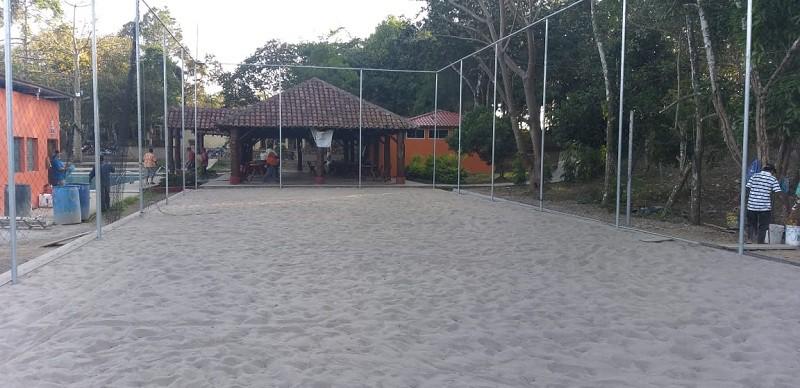 Cancha tipo volibol en Santo  Tomás, Chontales