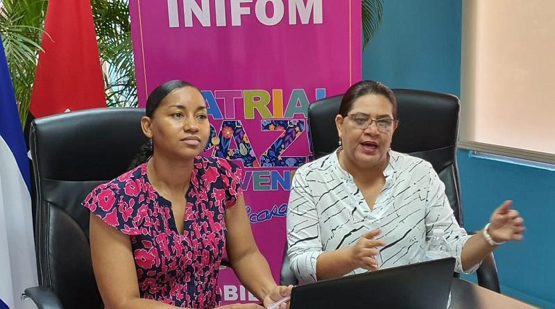 Presidenta ejecutiva de Inifom Guiomar Ir'ias y Anasha Campbell, co-directora de Inturl y