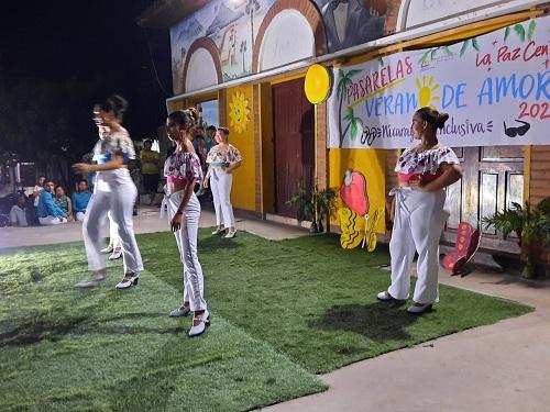 La Paz Centro: Pasarela de verano con personas con capacidades diferentes.